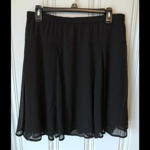 Old Navy M Black flair swing skirt